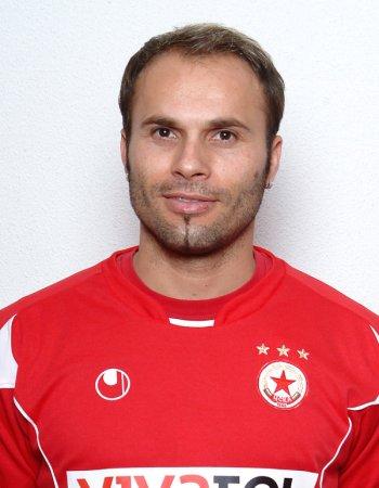 Robert Petrov
